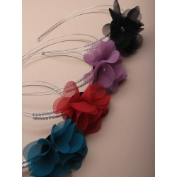 2 row silv wire aliceband with fabric flower and side...