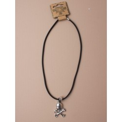 Necklet - skull and crossbones pendant necklet