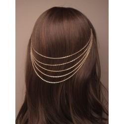 cascaiding dourado cabelo correntes nas alças.