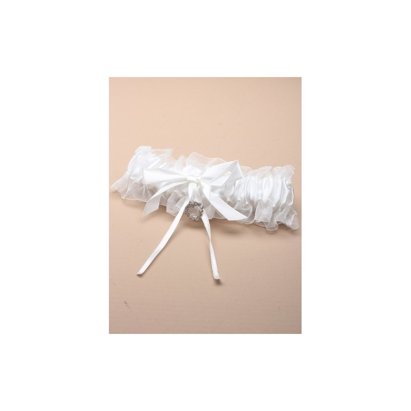 off whitesatin ribbon garter with glass crystal heart.