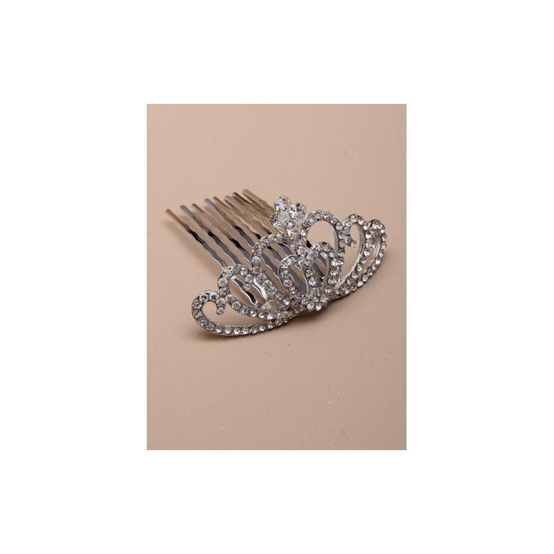 Coração de cristal 3 centímetros de altura seis centímetros tiara pequena com pente. este vem embalado em um giftbox creme.