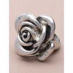 Vintage cast silv flower rings