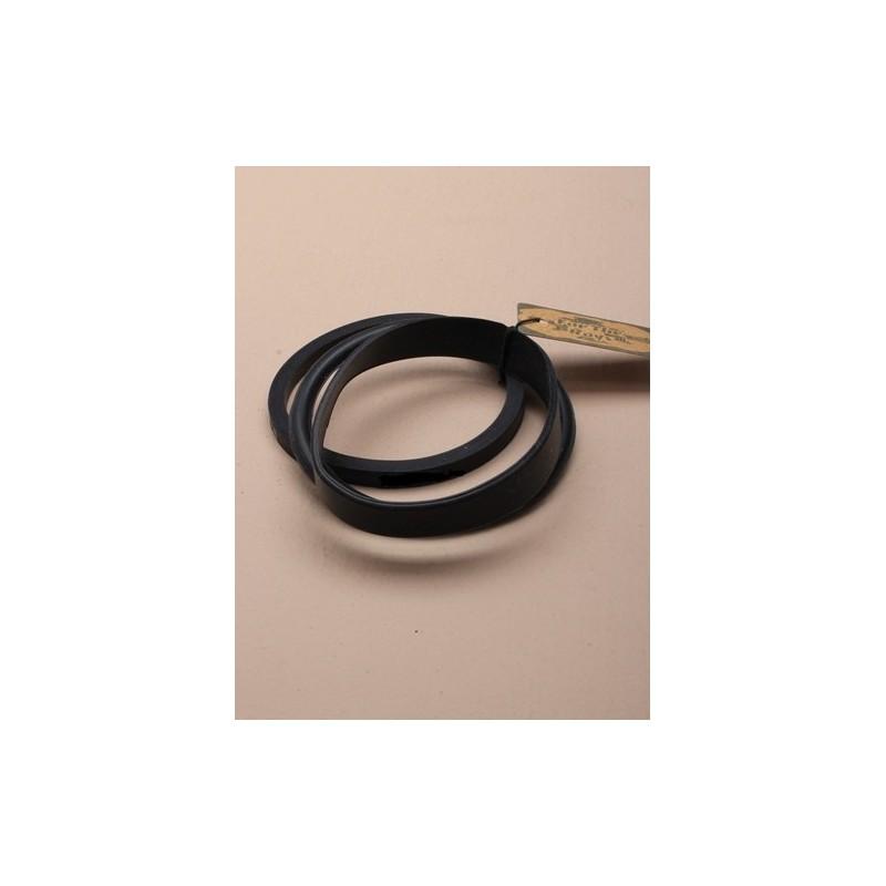 brazaletes - juego de 3 Surtido de forma brazaletes de silicona negra.