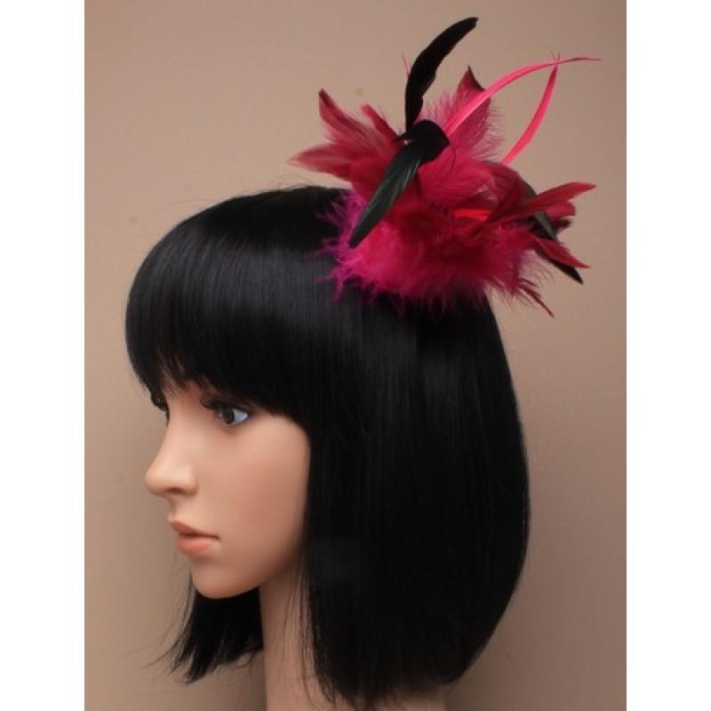 udvalgte stil udtynding fascinator på en kløvet klip med broche pinkode. lyslilla/pink og burgundy.these er...