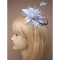 Fascinator Comb - Lilie-Esque Silber grau Feder Blume Fascinator auf klare Kamm