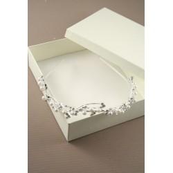 silv Kristall und Perle Tiara. Dieses Element kommt in einer Creme gif verpackt ...