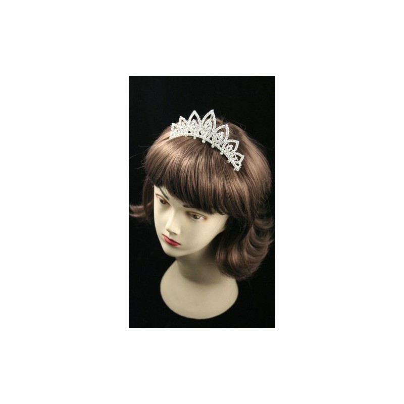 12cm Silv Pointed Loop Crystal Tiara Comb. This item comes packed i...