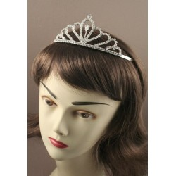 13cm Silv Crystal Looped Tiara. This item comes packed in...