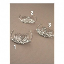 5cm silv tiara with comb. Comes packed in a cream giftb...