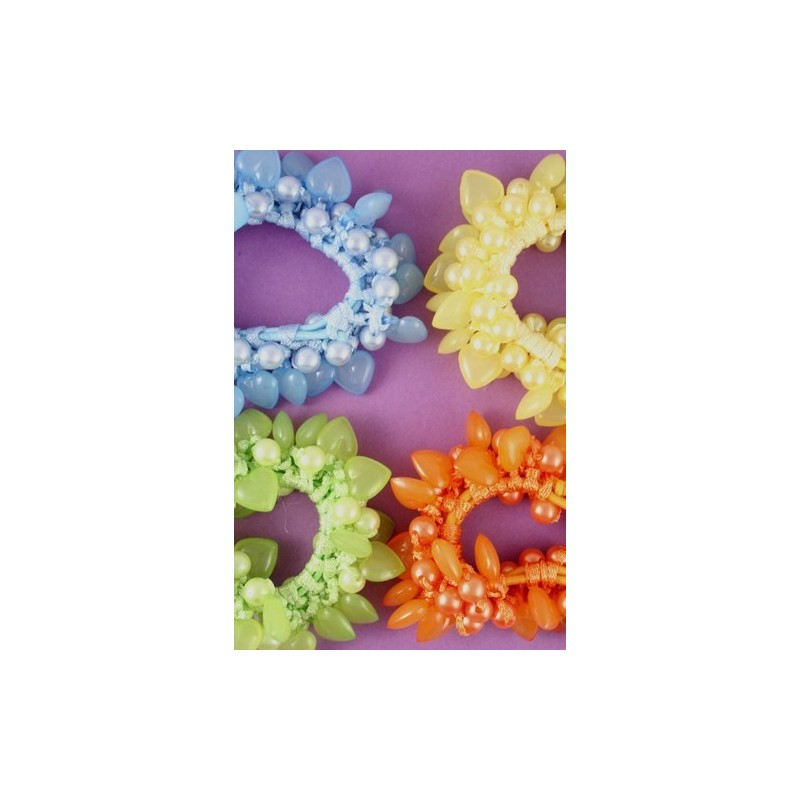 Card of 1 Coloured pearlised bead and heart bead scrunchie. In Oran...