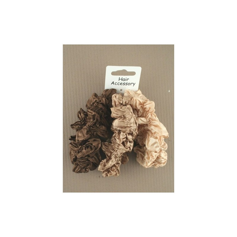 Pack of 3 Creased Scrunchies in Naturals.