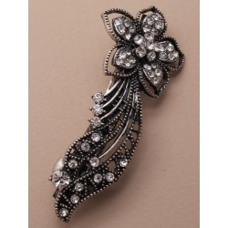9cm vintage silv barrette with flower and tails. in grey/black and clear.