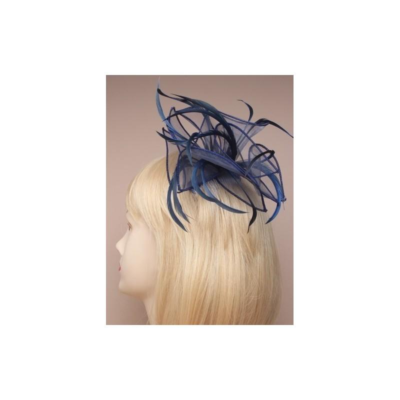 peine fascinator - lazada de tela y diadema de plumas Marina flores un claro
